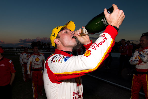 2017 Supercars Championship Round 5.  Winton SuperSprint, Winton Raceway, Victoria, Australia. Friday May 19th to Sunday May 21st 2017. Scott McLaughlin driver of the #17 Shell V-Power Racing Team Ford Falcon FGX. World Copyright: Daniel Kalisz/LAT Images Ref: Digital Image 200517_VASCR5_DKIMG_6090.JPG