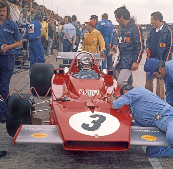 1973 British Grand Prix.Silverstone, England.12-14 July 1973.Jacky Ickx (Ferrari 312B3), 8th position, in the pits, action.World - LAT Photographic.