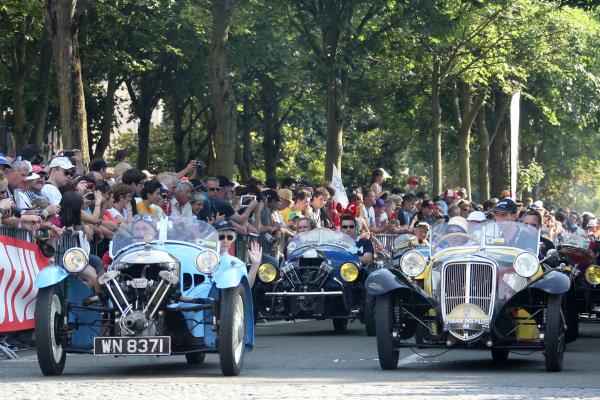Entertainment on the drivers parade. Le Mans 24 Hours, Le Mans, France, 12-14 June 2014.