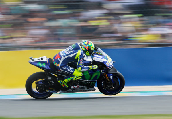 2016 MotoGP Championship.  French Grand Prix.  Le Mans, France. 6th - 8th May 2016.  Valentino Rossi, Yamaha.  Ref: _W7_6998a. World copyright: Kevin Wood/LAT Photographic