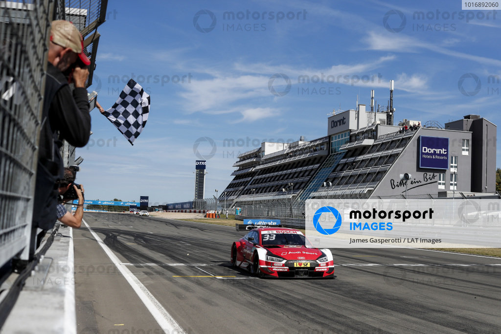 Nurburgring DTM Photo - Checkered flag audi
