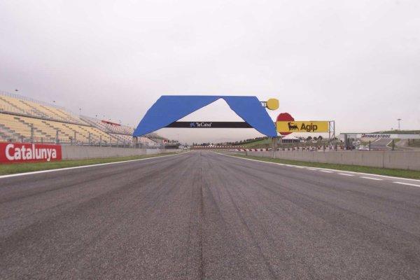 2000 Spanish Grand Prix.Catalunya, Barcelona, Spain.5-7 May 2000.The track at Catalunya.World Copyright - LAT Photographic