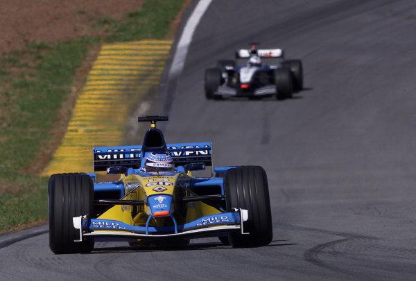 2002 Brazilian Grand Prix - RaceInterlagos, Brazil. 31 March 2002Jarno Trulli (Renault R202).World Copyright: Pic Steve Etherington/LAT PhotographicRef: xxmb Digital Image Only