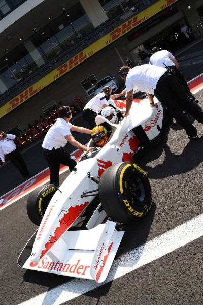 Esteban Gutierrez (MEX) F1 Experiences 2-Seater Driver and F1 Experiences 2-Seater passenger at Formula One World Championship, Rd18, Mexican Grand Prix, Qualifying, Circuit Hermanos Rodriguez, Mexico City, Mexico, Saturday 28 October 2017.