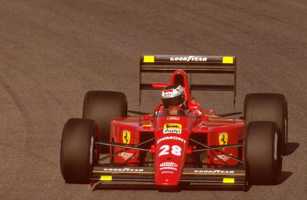 Estoril, Portugal.22-24 September 1989.Gerhard Berger (Ferrari 640) 1st position.Ref-89 POR 10.World Copyright - LAT Photographic