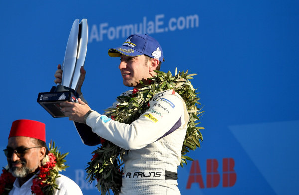 Robin Frijns (NLD), Envision Virgin Racing, 2nd position, celebrates on the podium with his trophy