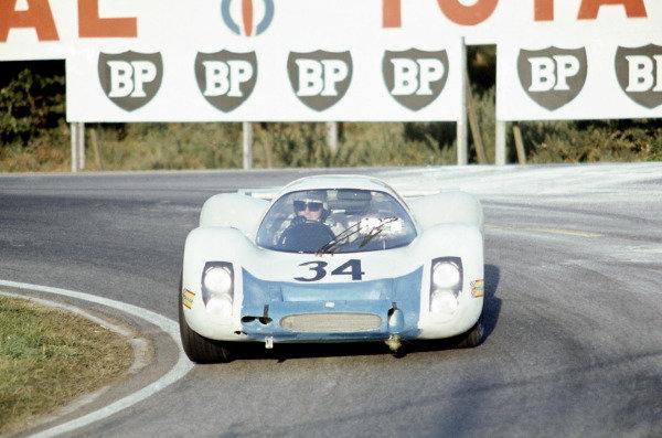 Le Mans, France. 28-29 September 1968.Joseph Buzzetta/Scooter Patrick (Porsche 908), retired.World Copyright: LAT PhotographicRef: 68LM22