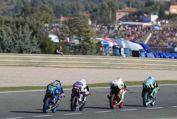 2017 Moto3 Championship - Round 18 Valencia, Spain  Sunday 12 November 2017 Joan Mir, Leopard Racing leads  World Copyright: Gold and Goose Photography/LAT Images  ref: Digital Image 706739