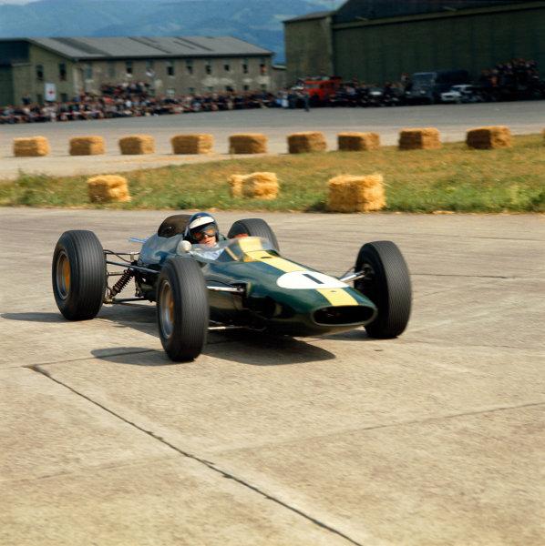 Zeltweg, Austria. 23rd August 1964. Rd 7. Jim Clark, Lotus 33-Climax, retired, action. World Copyright: LAT Photographic