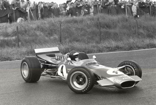 1968 Dutch Grand Prix.Zandvoort, Holland. 23 June 1968.Jackie Oliver, Lotus 49B-Ford, not classified, spun, action.World Copyright: LAT PhotographicRef: L68/622 #4