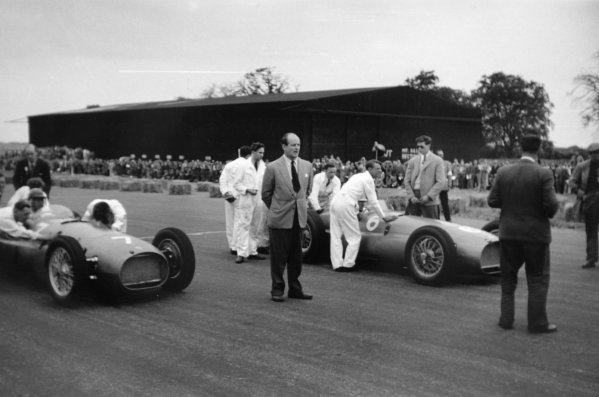1951 British Grand Prix.Silverstone, Great Britain. 14 July 1951.The BRM P15s of Reg Parnell (number 6) and Peter Walker line up on the grid.World Copyright - LAT Photographic