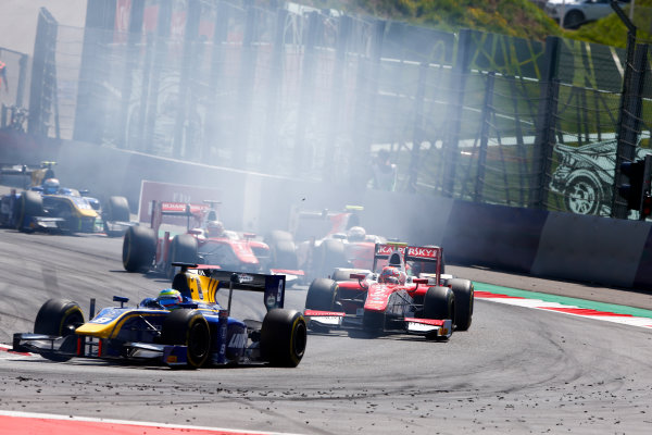 Red Bull Ring, Spielberg, Austria. Sunday 9 July 2017 Oliver Rowland (GBR, DAMS). and Antonio Fuoco (ITA, PREMA Racing).  Photo: Hone/FIA Formula 2 ref: Digital Image _ONY2092