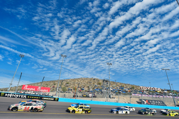 Monster Energy NASCAR Cup Series Can-Am 500 Phoenix Raceway, Avondale, AZ USA Sunday 12 November 2017 Clint Bowyer, Stewart-Haas Racing, USA Network Damnation Ford Fusion World Copyright: Nigel Kinrade LAT Images