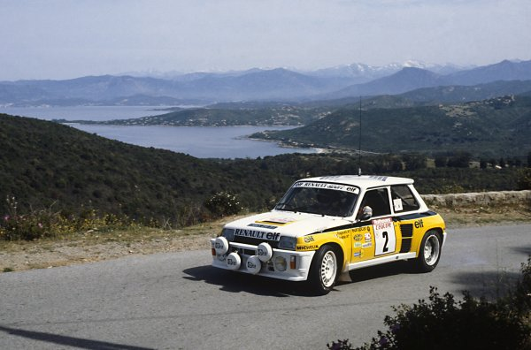 1983 World Rally Championship.Tour de Corse/Rallye de France. 5-7 May 1983.Jean Ragnotti/Jean-Marc Andrie, Renault 5 turbo, accident, action.World Copyright: LAT PhotographicRef: 35mm transparency