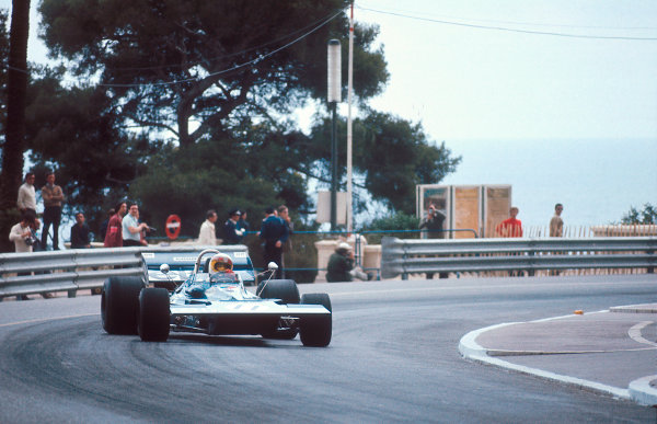 1971 Monaco Grand Prix.Monte Carlo, Monaco.20-23 May 1971.Jackie Stewart (Tyrrell 003 Ford) 1st position at Massenet.Ref-71 MON 03.World Copyright - LAT Photographic