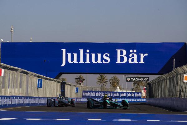 Nelson Piquet Jr. (BRA), Panasonic Jaguar Racing, Jaguar I-Type 3, leads Felipe Massa (BRA), Venturi Formula E, Venturi VFE05