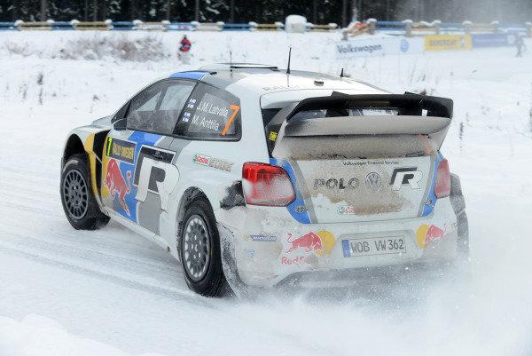 Jari-Matti Latvala (FIN) and Miikka Anttila (FIN), VW Polo WRC on stage 12. FIA World Rally Championship, Rd2, Rally Sweden, Karlstad, Sweden, Day Two, Saturday 9 February 2013.