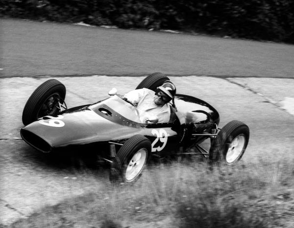 Tony Shelly (NZL) Lotus 18/21 failed to qualify.  