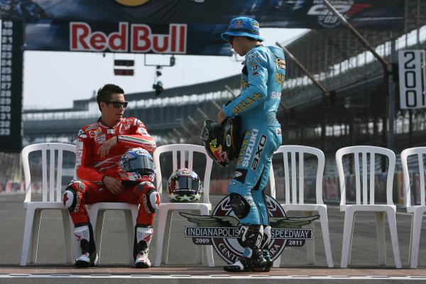 Indianapolis Grand Prix, Indianapolis, USA.28th - 30th August 2009.Nicky Hayden Ducati Marlboro Team chats with Chris Vermeulen Rizla Suzuki Team.World Copyright: Martin Heath/LAT Photographic ref: Digital Image SE5K4182