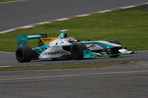 2014 Super Formula Series. Fuji, Japan. 11th - 13th July 2014. Rd 3. Winner Kazuki Nakajima ( #37 TEAM TOM'S SF14 ) action. World Copyright: Yasushi Ishihara / LAT Photographic. Ref: 2014SF_Rd3_009.JPG