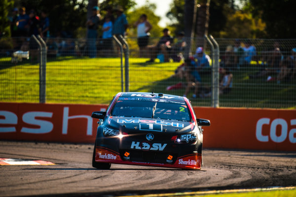 2017 Supercars Championship Round 7.  Townsville 400, Reid Park, Townsville, Queensland, Australia. Friday 7th July to Sunday 9th July 2017. Scott Pye drives the #2 Mobil 1 HSV Racing Holden Commodore VF. World Copyright: Daniel Kalisz/ LAT Images Ref: Digital Image 070717_VASCR7_DKIMG_2163.jpg