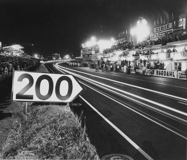 Le Mans, France. 18th - 19th June 1966. The 200 yard board at the end of the pit straight, atmosphere.World Copyright: LAT Photographic.Ref:  Autocar Used Pic 24th June 1966 Pg 1298.