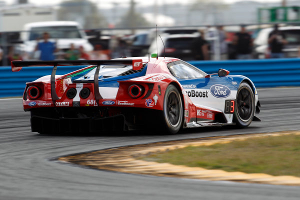 2017 Rolex 24 Hours. Daytona, Florida, USA Thursday 26 January 2017. #68 Ford Performance Chip Ganassi Racing Ford GT: Billy Johnson, Stefan M?cke, Olivier Pla World Copyright: Alexander Trienitz/LAT Images ref: Digital Image 2017-24h-Daytona-AT2-0354