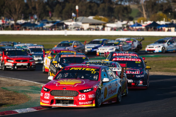 2017 Supercars Championship Round 5.  Winton SuperSprint, Winton Raceway, Victoria, Australia. Friday May 19th to Sunday May 21st 2017. Scott McLaughlin drives the #17 Shell V-Power Racing Team Ford Falcon FGX. World Copyright: Daniel Kalisz/LAT Images Ref: Digital Image 200517_VASCR5_DKIMG_5269.JPG