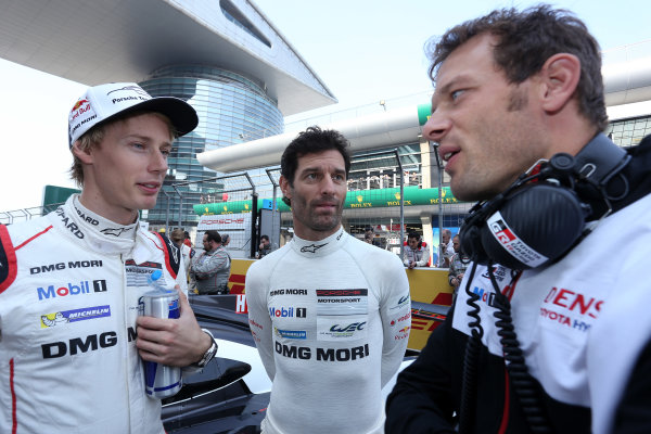 2016 FIA World Endurance Championship, Shanghai, China. 4th - 6th November 2016. Brendon Hartley - Porsche Team Porsche 919 Hybrid,  Mark Webber - Porsche Team Porsche 919 Hybrid,  World Copyright: Ebrey / LAT Photographic and Alexander Wurz (AUS) Toyota.