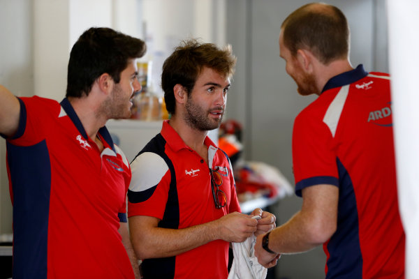 2015 GP2 Test 1 Yas Marina Circuit, Abu Dhabi, United Arab Emirates Wednesday 10 March 2015 Andre Negrao (BRA, Arden Int) (R) and Norman Nato (FRA, Arden Int) Photo: Jed Leicester/GP2 Series Media Service ref: Digital Image _JL14742