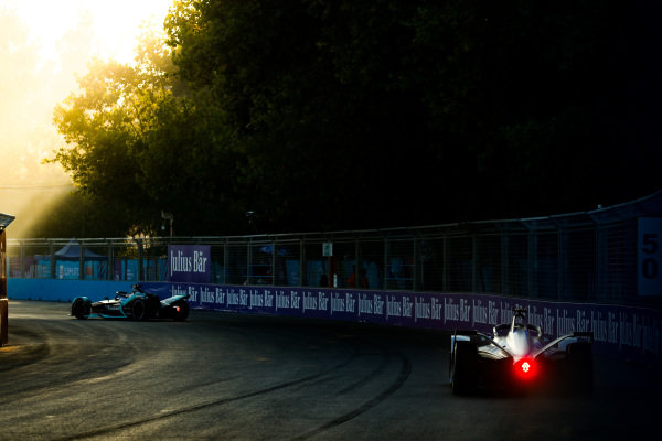 Felipe Massa (BRA), Venturi Formula E, Venturi VFE05 follows Mitch Evans (NZL), Panasonic Jaguar Racing, Jaguar I-Type 3