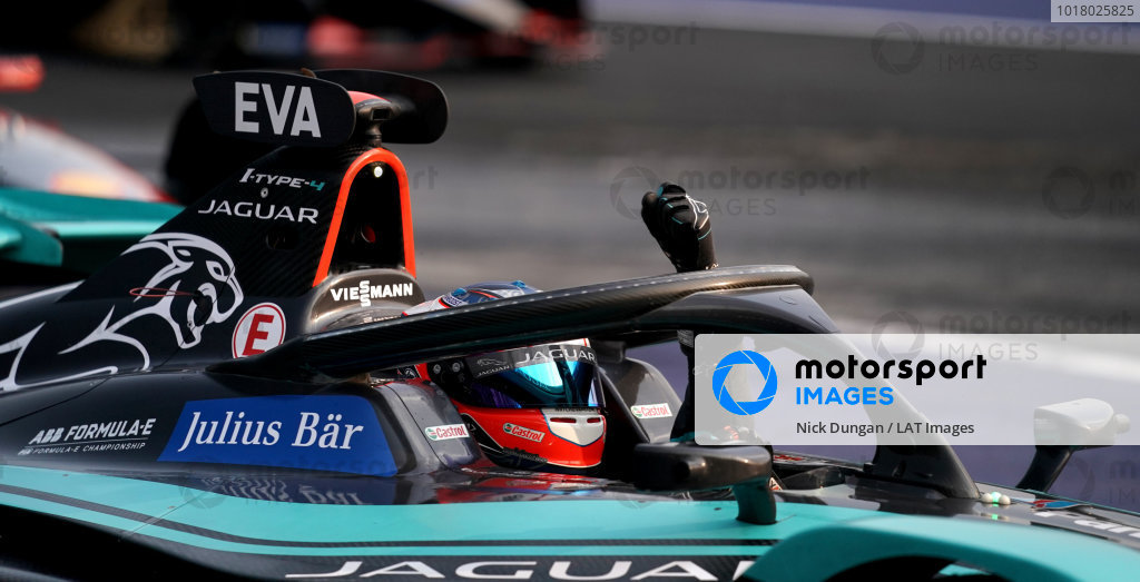 Mitch Evans (NZL), Panasonic Jaguar Racing, Jaguar I-Type 4 celebrates victory on the cool down lap