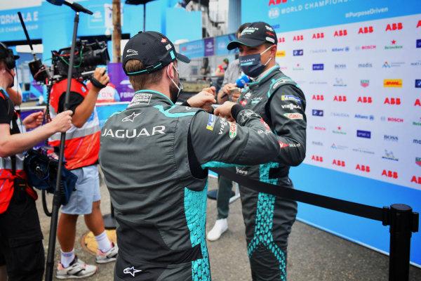 Pole man Sam Bird (GBR), Jaguar Racing, and Mitch Evans (NZL), Jaguar Racing, after Qualifying