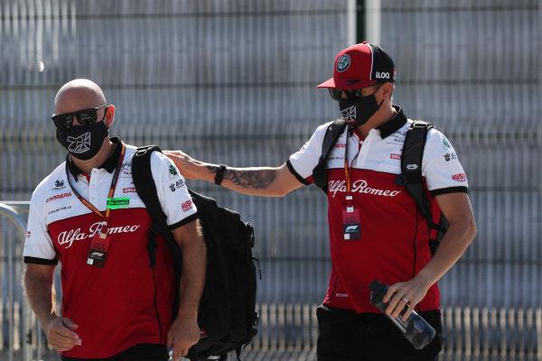 Kimi Raikkonen, Alfa Romeo arrives at the track