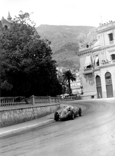 """1950 Monaco Grand Prix.Monaco, Monte Carlo. 21st May 1950.""""B Bira"""" (Maserati 4CLT/48). Ref-C26702.World Copyright: LAT Photographic"""