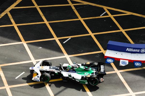 2017/2018 FIA Formula E Championship. Round 1 - Hong Kong, China. Saturday 02 December 2017. Lucas Di Grassi (BRA), Audi Sport ABT Schaeffler, Audi e-tron FE04. Photo: Alastair Staley/LAT/Formula E ref: Digital Image _ALS5968