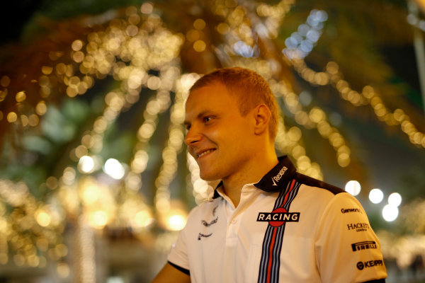 Bahrain International Circuit, Sakhir, Bahrain. Friday 17 April 2015. Valtteri Bottas, Williams F1. World Copyright: Glenn Dunbar/LAT Photographic. ref: Digital Image _W2Q7319