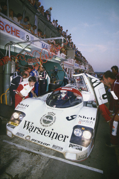 Le Mans, France. 16th -17th  June 1984.Walter Brun/Leopold von Bayern/Bob Akin (Porsche 956), 4th position,  pit stop and driver change, action. World Copyright: LAT Photographic.Ref:  84LM09.