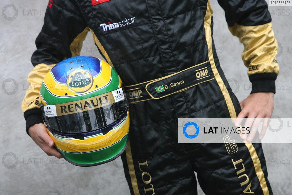 Albert Park, Melbourne, Australia24th March 2011.Bruno Senna, Lotus Renault GP. Portrait. World Copyright: LAT Photographicref: Digital Image1_LC2684