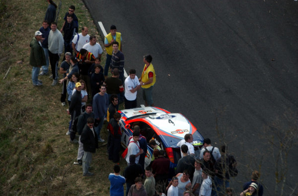 2002 World Rally ChampionshipRally Catalunya, 21st-24th March 2002.Carlos Sainz's car after retiring on Stage 10.Photo: Ralph Hardwick/LAT