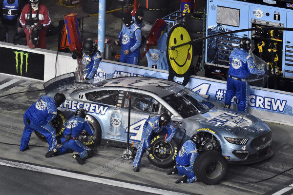 #4: Kevin Harvick, Stewart-Haas Racing, Ford Mustang Busch Light #TheCrew