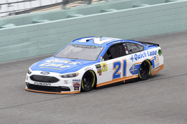 #21: Paul Menard, Wood Brothers Racing, Ford Fusion Quick Lane Tire & Auto Center