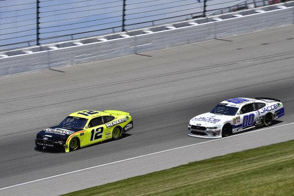 #12: Paul Menard, Team Penske, Ford Mustang Menards/Richmond and #00: Cole Custer, Stewart-Haas Racing, Ford Mustang Jacob Companies