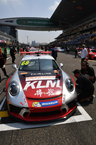 Jordan Pepper (RSA) Kamlung Racing on the grid at Porsche Carrera Cup Asia, Shanghai, China, 13-15 April 2018.