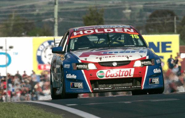 2004 Australian V8 Supercars. Bathurst 1000, Bathurst, Australia. 10th October 2004Race winners Greg Murphy and Rick Kelly (Kmart Racing Commodore VY) action.Photo: Mark Horsburgh/LAT Photographic Ref:Digital Image only