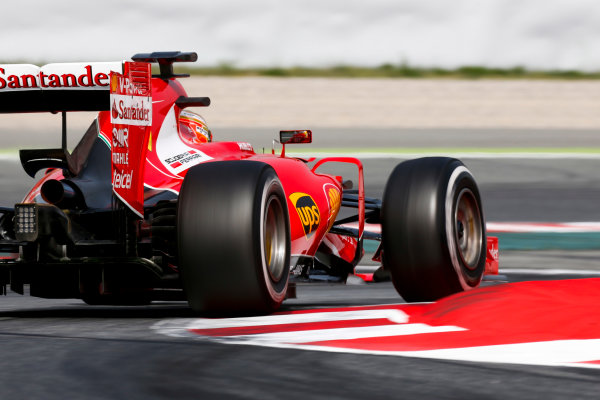 Circuit de Catalunya, Barcelona, Spain. Wednesday 13 May 2015. Esteban Gutierrez, Ferrari SF15-T.  World Copyright: Alastair Staley/LAT Photographic. ref: Digital Image _79P5207