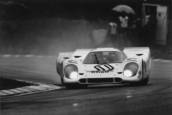1970 BOAC Brands Hatch 1000 Kms. Brands Hatch, England. 12th April 1970. Vic Elford / Denny Hulme (Porsche 917K), 2nd position, action.  World Copyright: LAT Photographic. Ref:  2987 - 30-30A