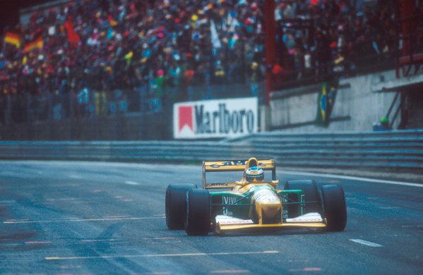 Spa-Francochamps, Belgium.28-30 August 1992.Michael Schumacher (Benetton B192 Ford) 1st position for his maiden Grand Prix win.  World Copyright - LAT Photographic