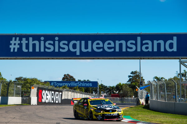 2017 Supercars Championship Round 7.  Townsville 400, Reid Park, Townsville, Queensland, Australia. Friday 7th July to Sunday 9th July 2017. Lee Holdsworth drives the #18 Preston Hire Racing Holden Commodore VF. World Copyright: Daniel Kalisz/ LAT Images Ref: Digital Image 070717_VASCR7_DKIMG_645.jpg