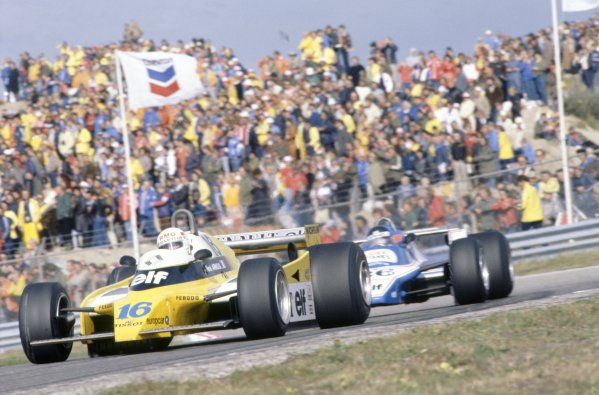 1980 Dutch Grand Prix.Zandvoort, Holland. 29-31 August 1980.Rene Arnoux (Renault RE20) leads Jacques Laffite (Ligier JS11/15-Ford Cosworth). They finished in 2nd and 3rd positions respectively.World Copyright: LAT PhotographicRef: 35mm transparency 80HOL06